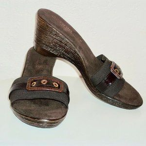 Connie wedge shoes SZ 7.5 M made in Italy NEW